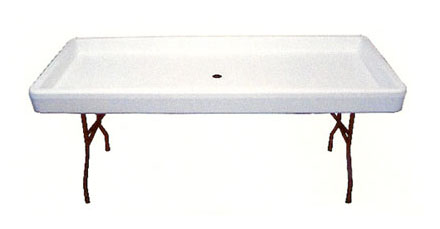 chillin serving table